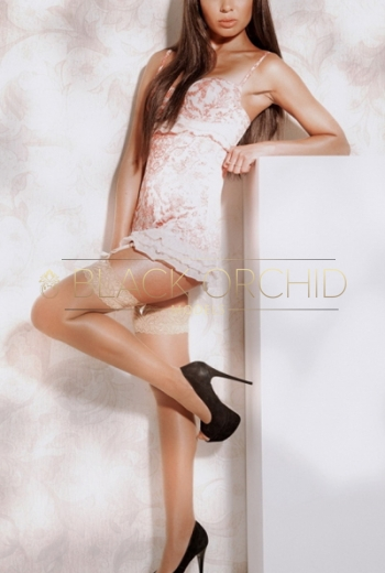 Shanghai luxury escorts Anais, high class GFE models companion